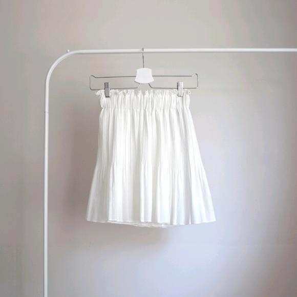 📌BOGO White Pleated Skirt